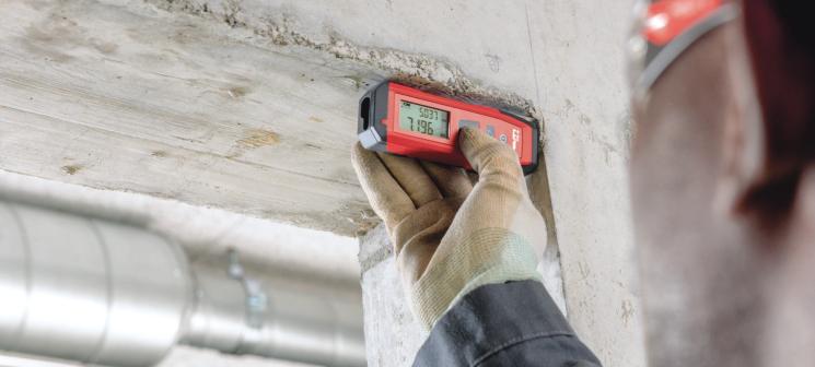 Teclado simplificado de uso intuitivo Resistente y duradero para soportar los entornos más rudos en el lugar de trabajo Protección contra la suciedad, el polvo y las salpicaduras de agua Diseño compacto que cabe en cualquier bolsillo Pantalla LCD con retroiluminación
